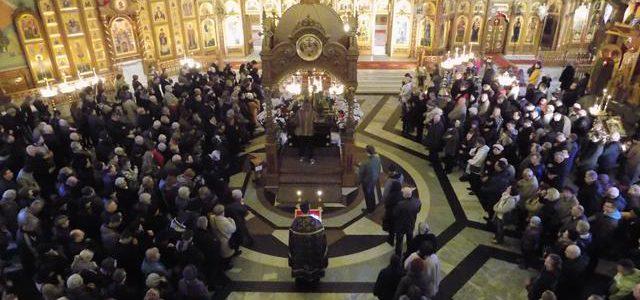 Sens teologiczny i znaczenie liturgiczne nabożeństw Wielkiego Tygodnia