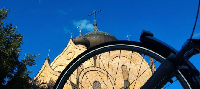 Oświęcenie rowerów w cerkwi Św. Ducha